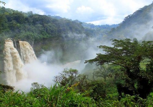 Les chutes d'Ekom Nkam, les lacs jumeaux, la Villa Kleber Chollier… Nkongsamba et environs